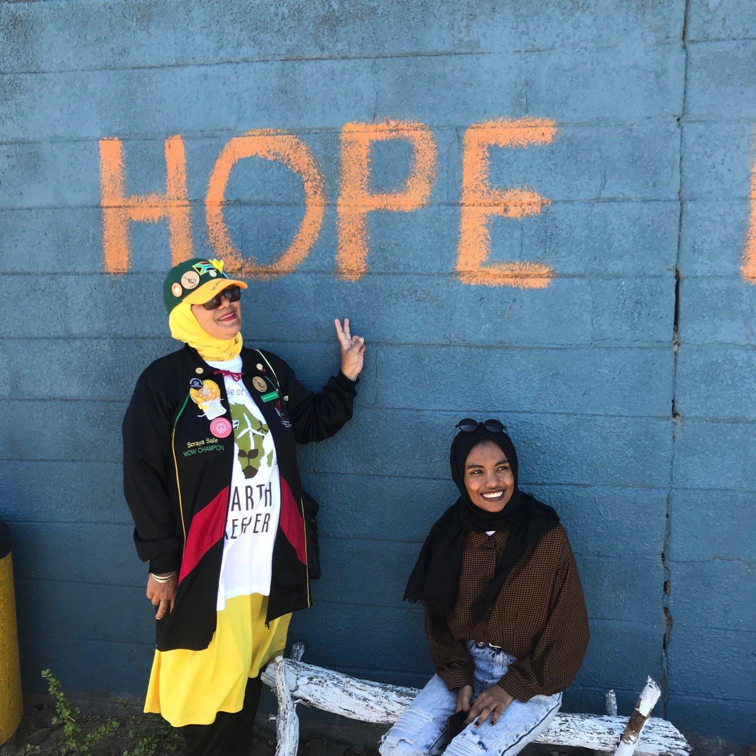 Reportage – Khadija & Mwzanele, grandir dans les Cape Flats